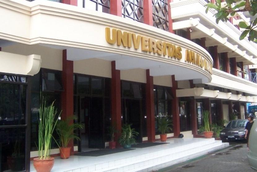kampus-universitas-ahmad-dahlan-yog